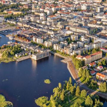 An aerial photo of the city of Oulu.